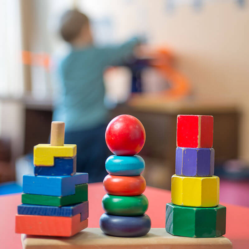 Wooden-colorful-Montessori-toys-and-child-is-back-515439600_4701x7044-optomized-800x800